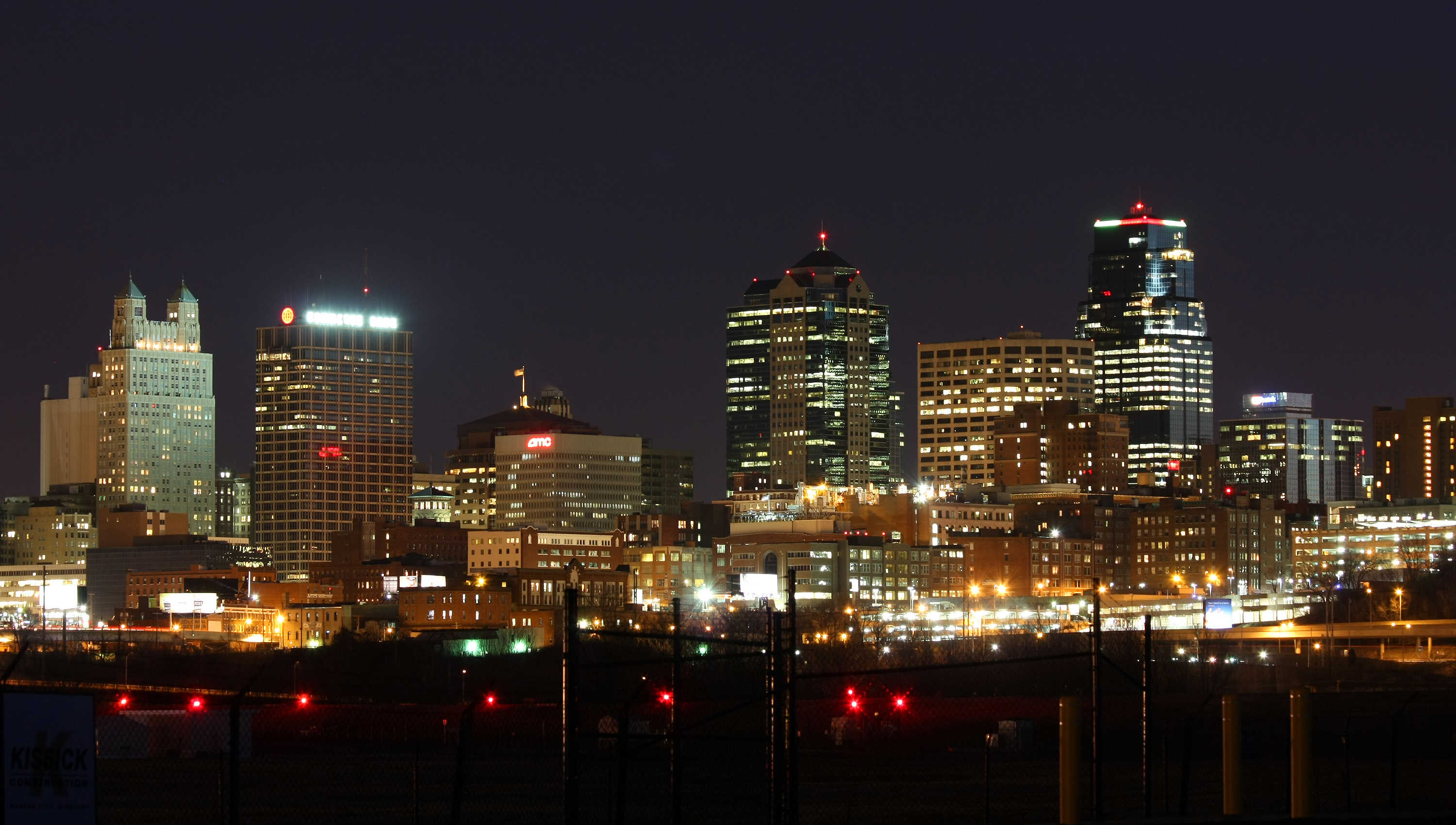 ADC Kansas_City,_MO_skyline_at_night banner